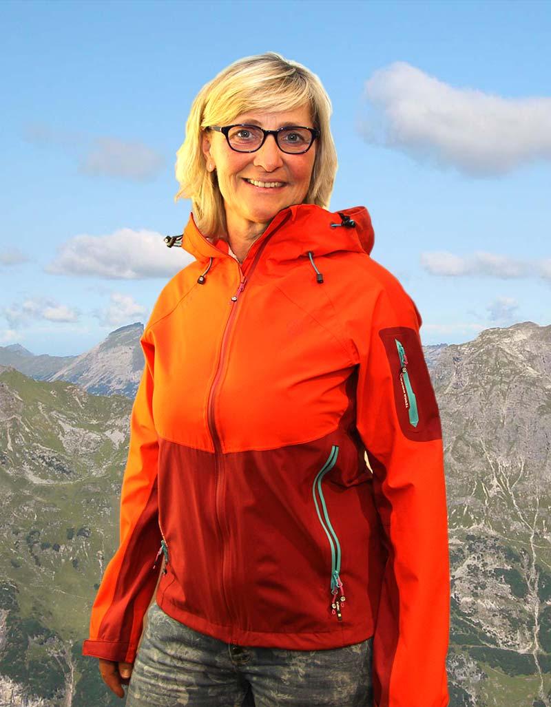 Anita-mit-Jacke